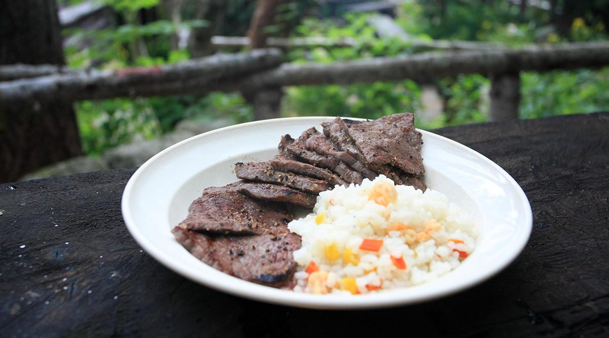 鳳凰三山で肉を焼こう
