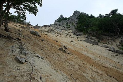 地蔵岳 山頂直下
