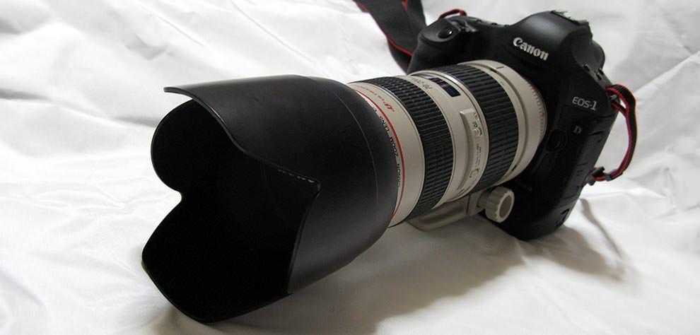 登山に持って行ってるカメラはこんなのです。