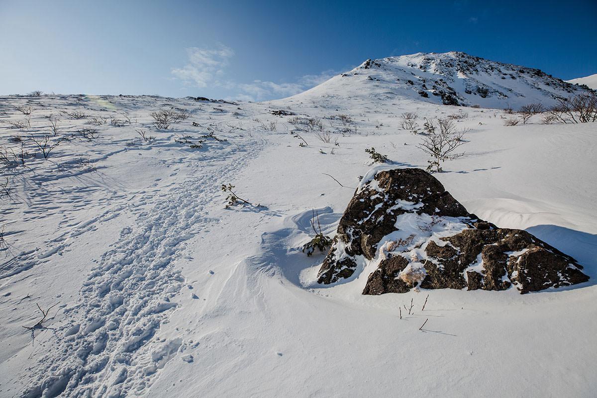【安達太良山】登山百景-青空と雪の白さが気持ち良い
