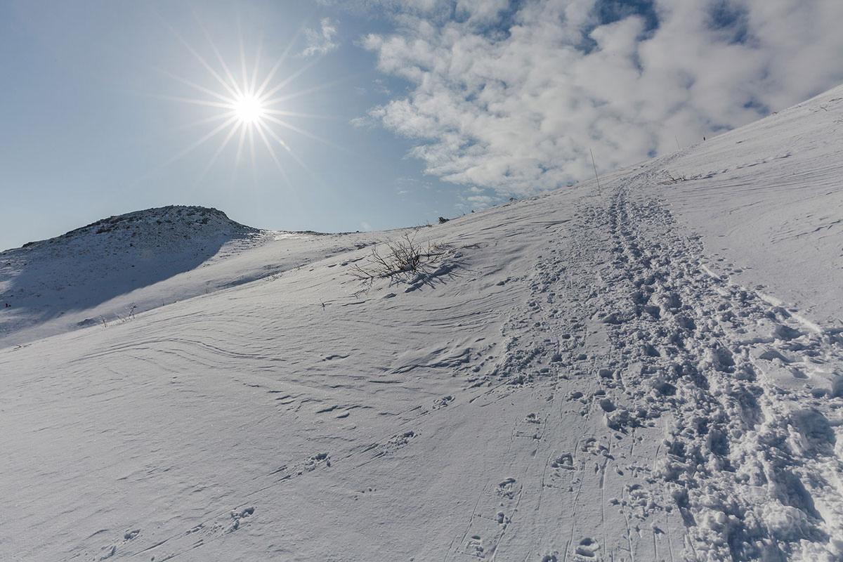 【安達太良山】登山百景-広くて白い