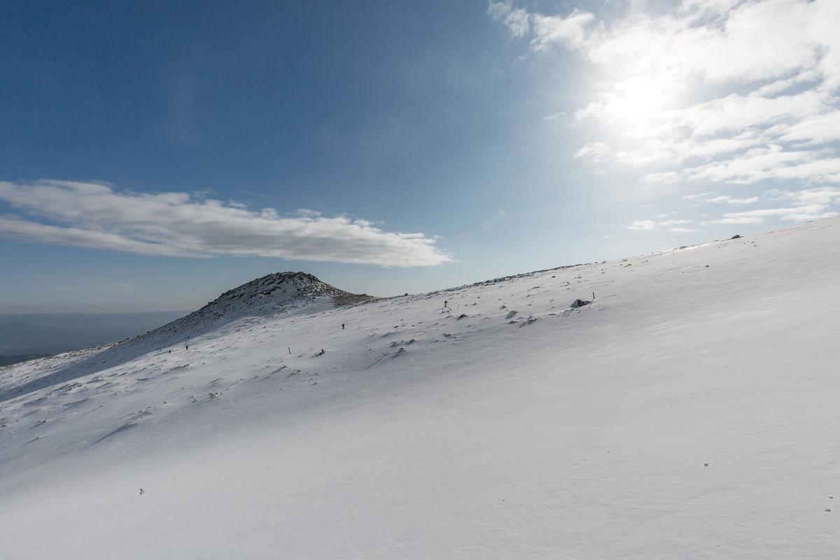 【安達太良山】登山百景-白い砂漠のようにも見える