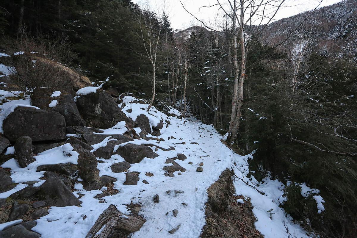【赤岳】登山百景-さらに雪が増えた