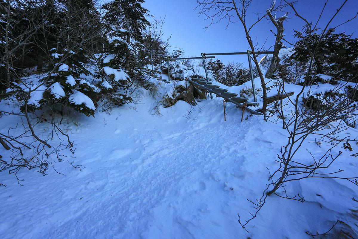 【赤岳】登山百景-階段開始