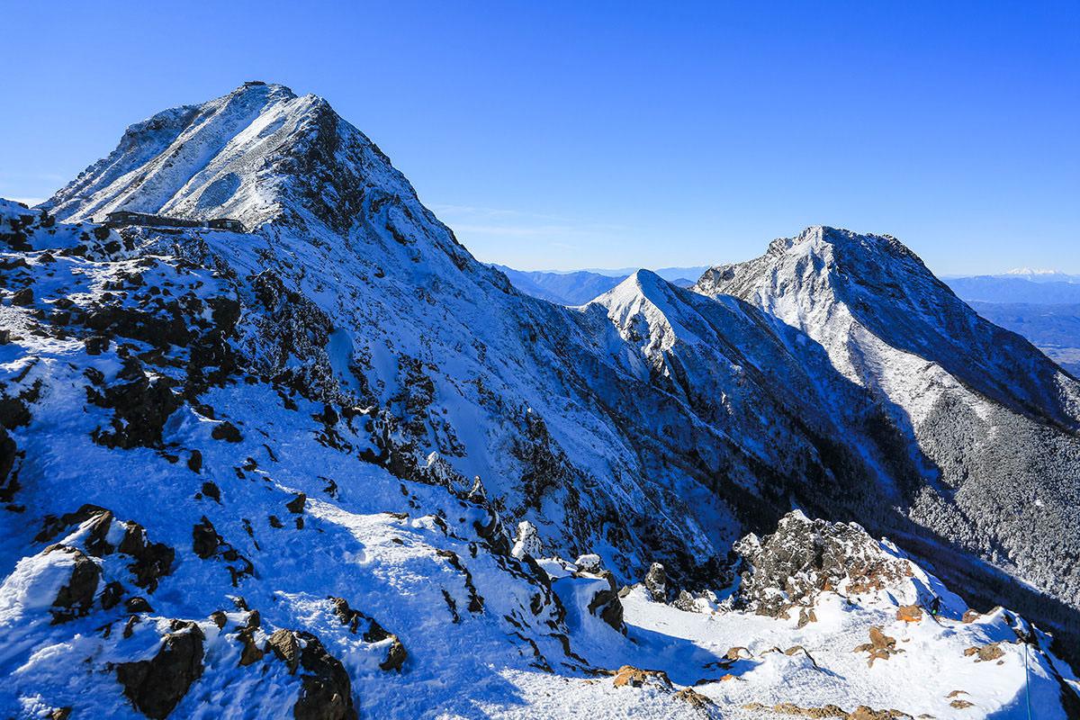 【赤岳】登山百景-赤岳と中岳と阿弥陀岳