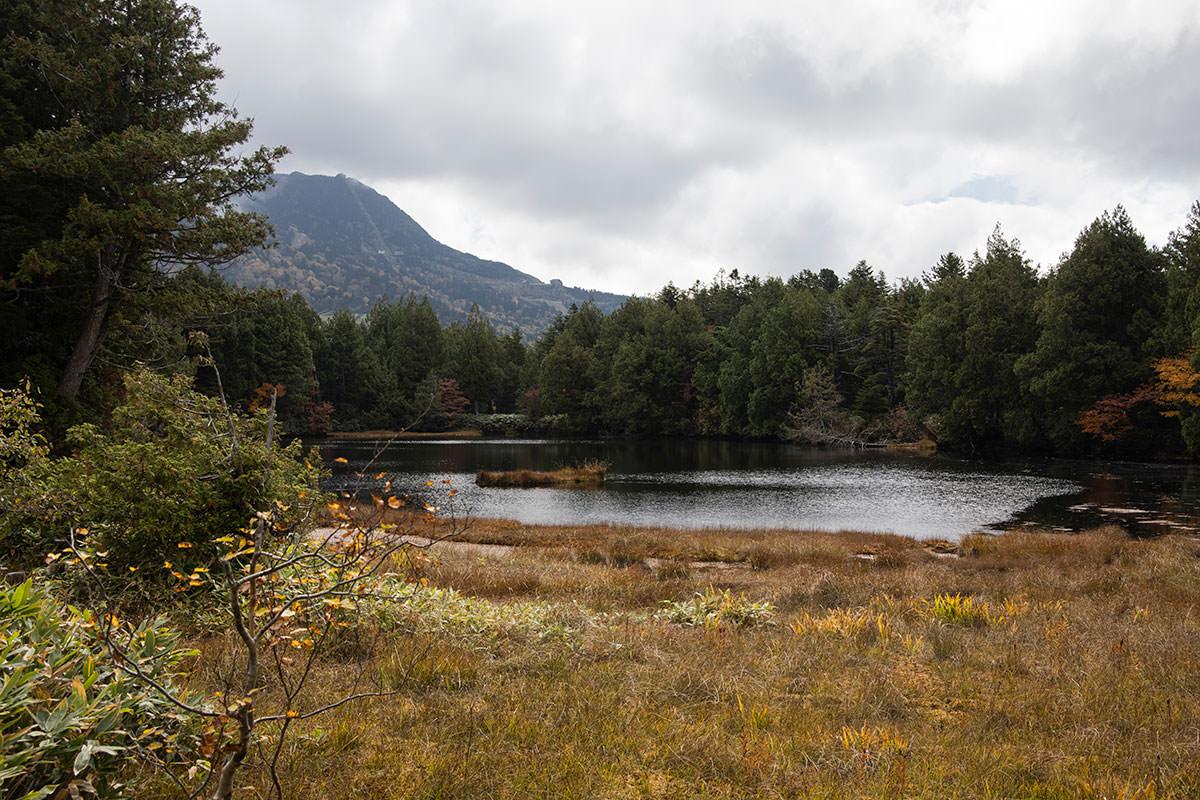 渋池から見る横手山が好き