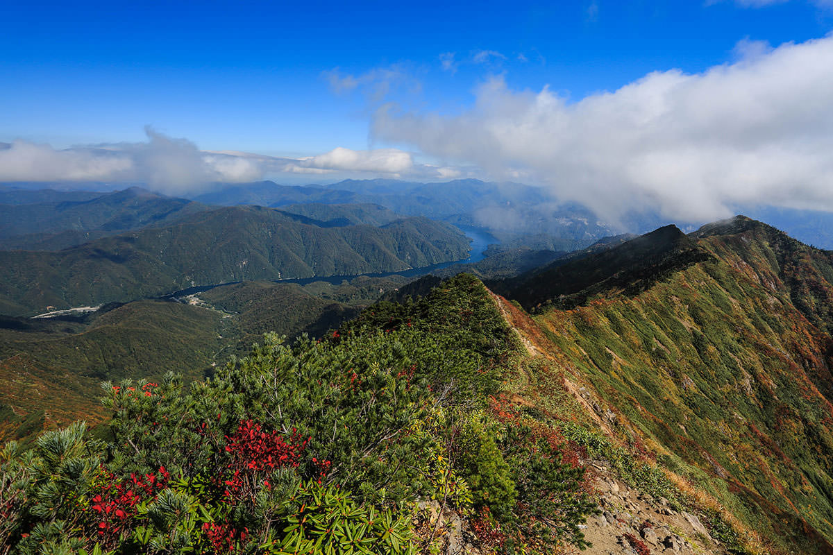 【荒沢岳】登山百景-会津の方向