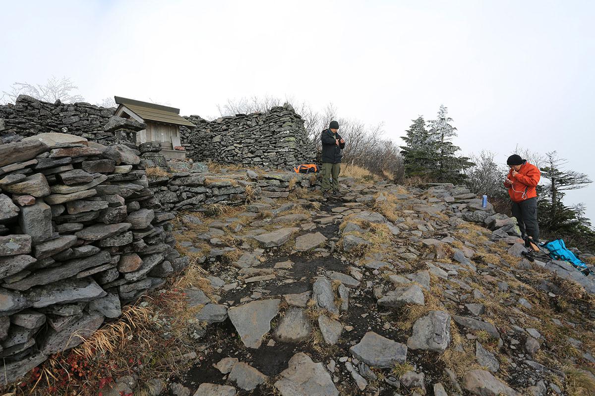 【四阿山】登山百景-山頂近く