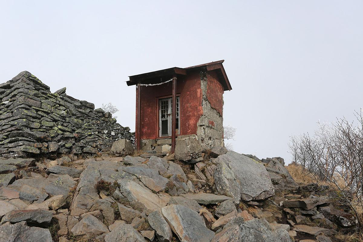 【四阿山】登山百景-山頂の神社