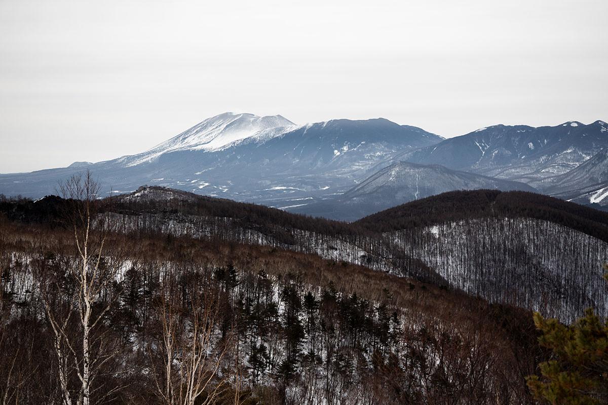 下りてくると浅間山への眺めが変わる