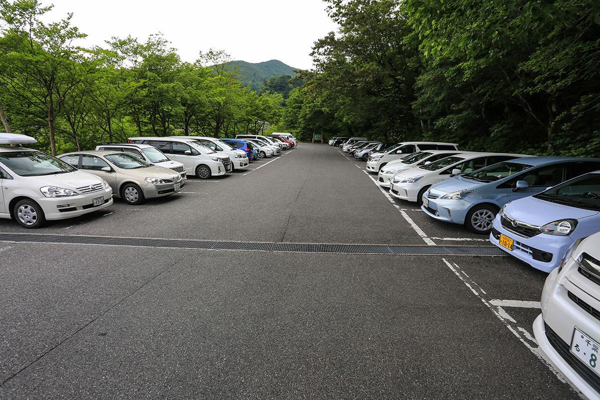 【大山 夏山登山道】登山百景-南光河原の駐車場