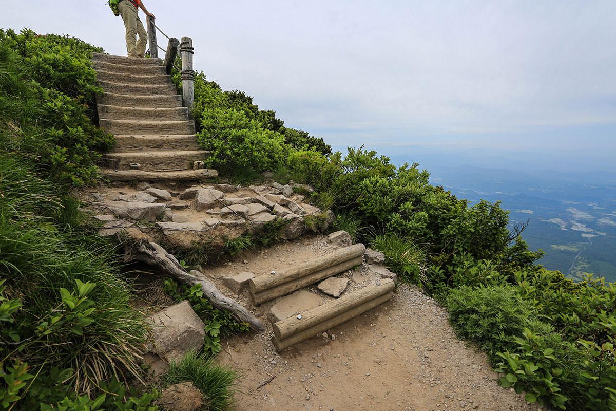 【大山 夏山登山道】登山百景-ココから木道