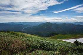 荒沢岳と奥只見湖