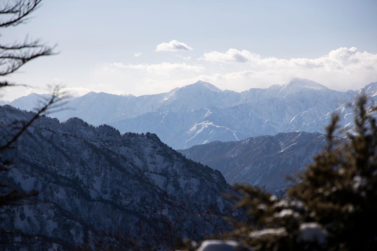 高妻山-北アルプスを見ると鹿島槍と五竜岳