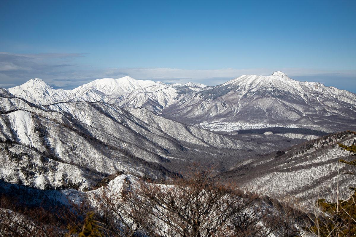 高妻山-頸城三山はまだ晴れている