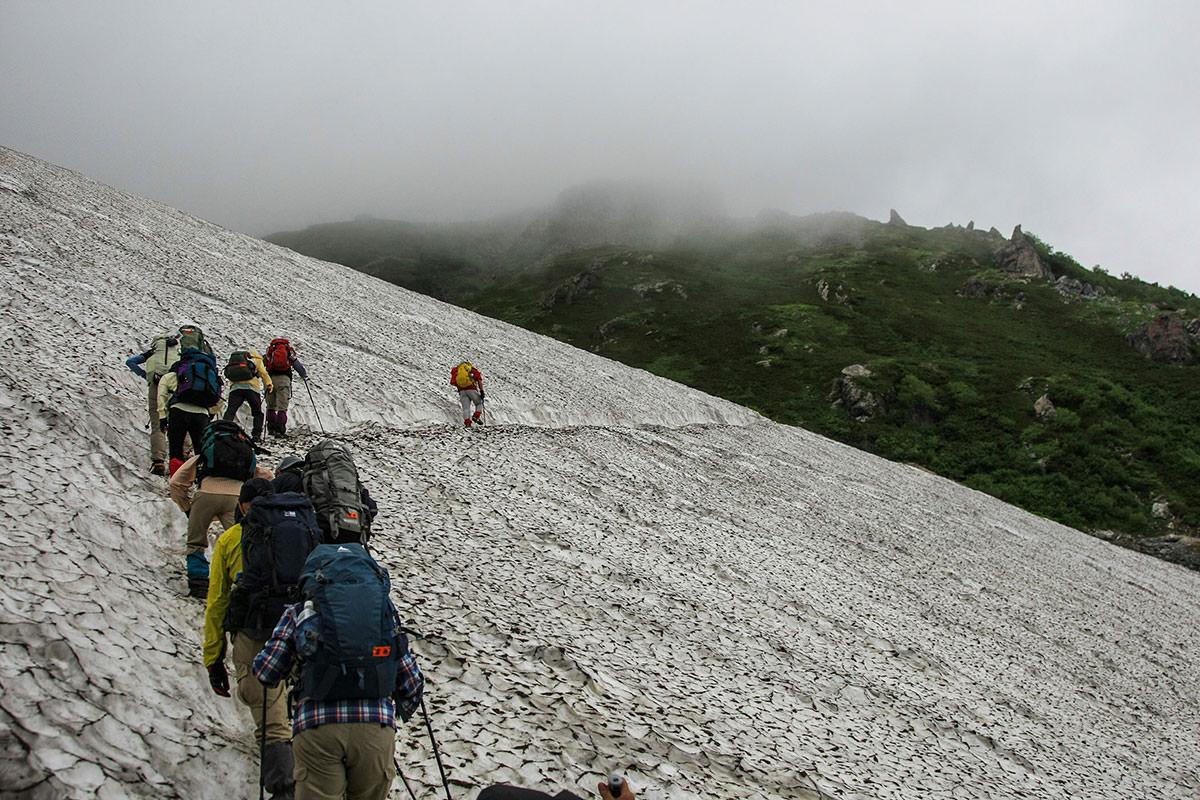 【白馬三山縦走 猿倉大雪渓ルート】登山百景-再び雪渓