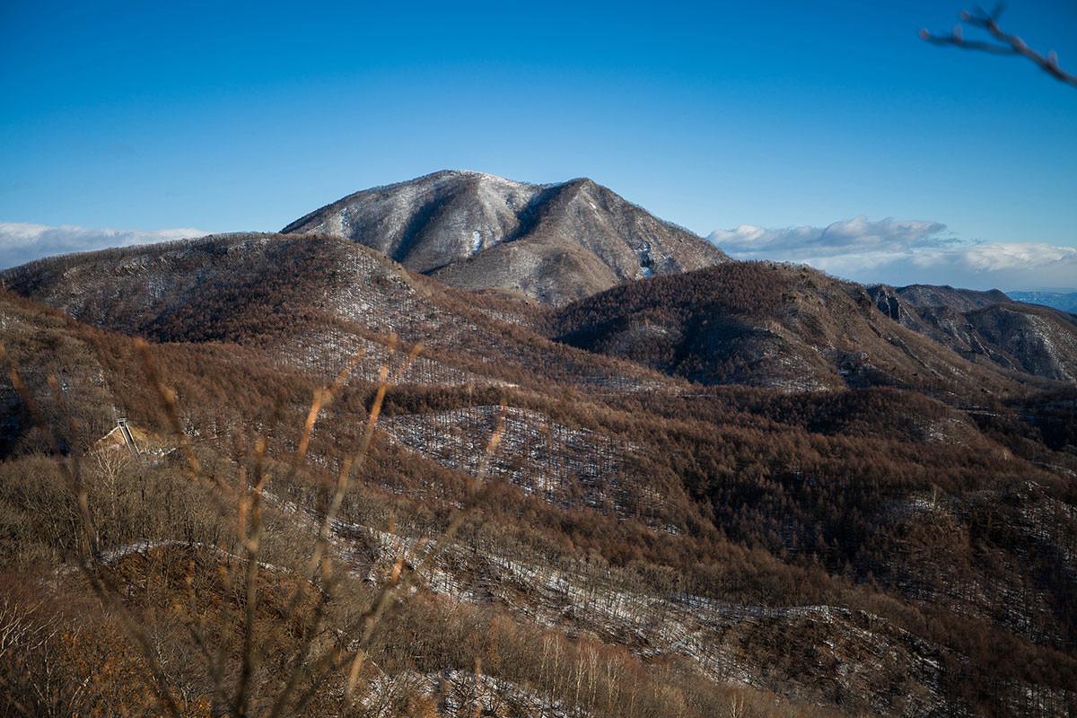 【鼻曲山】登山百景-浅間隠山が近い