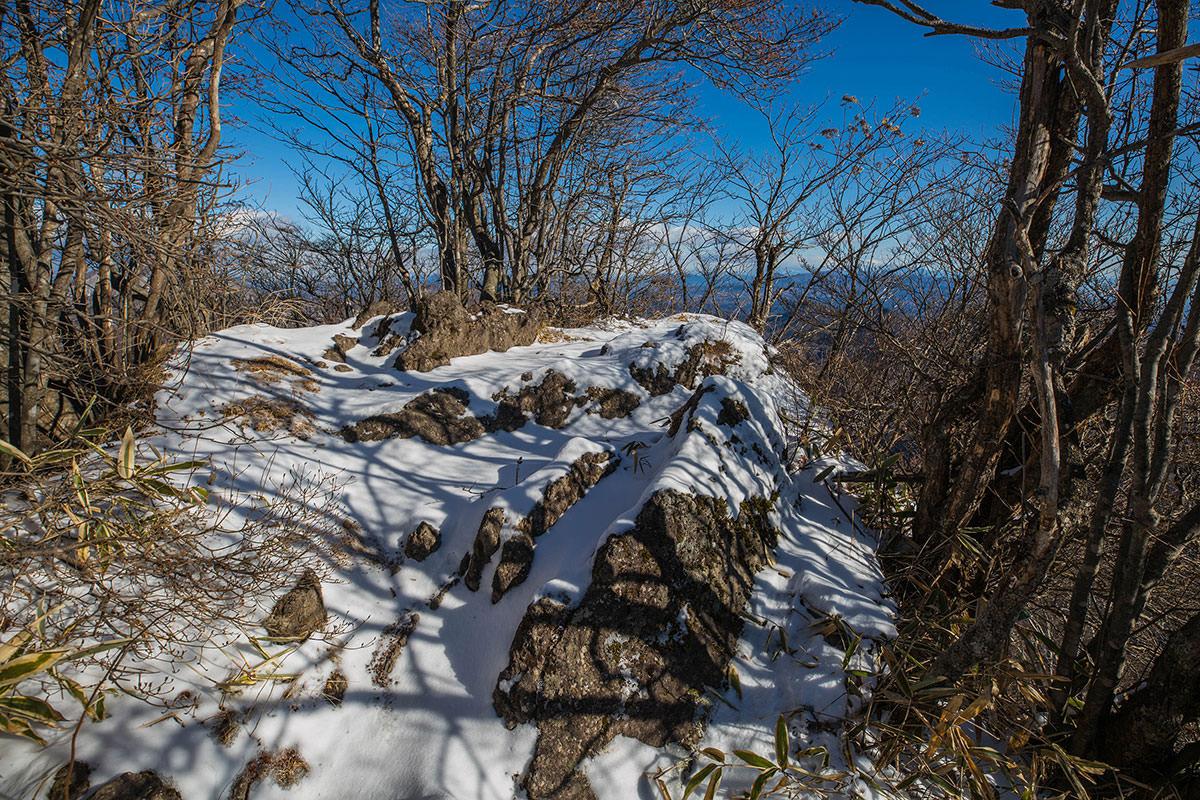 【鼻曲山】登山百景-山頂の先端