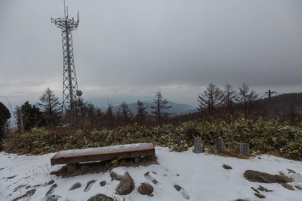 【聖山】登山百景-鉄塔もある