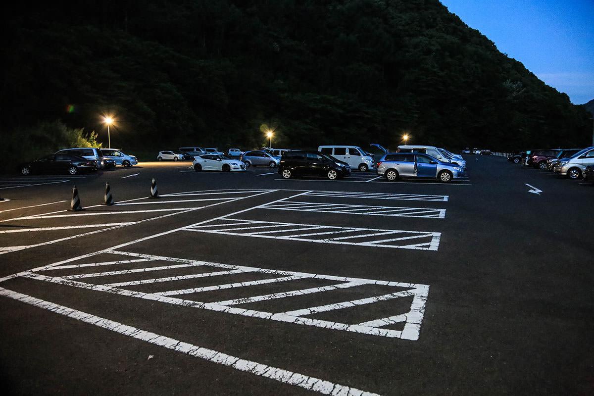 戸倉の駐車場