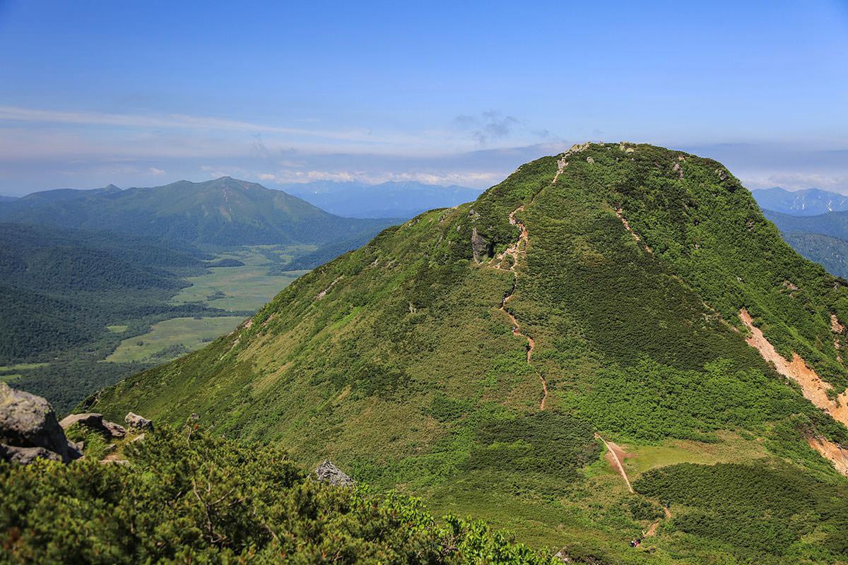 【燧ヶ岳】登山百景-鞍部へ下りる