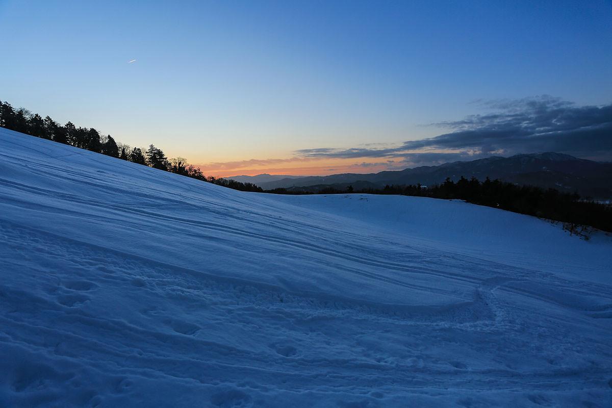 【伊吹山】登山百景-太陽が昇ってきている