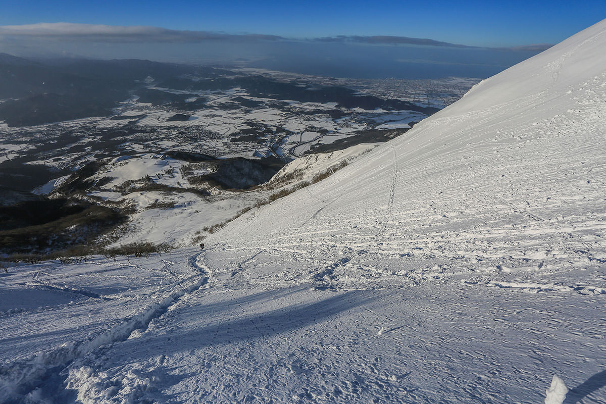 【伊吹山】登山百景-登山道を見下ろす