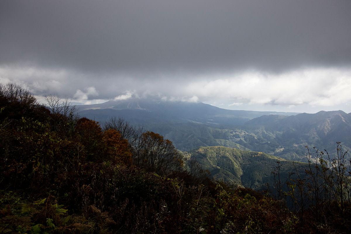 飯縄山は雲の中
