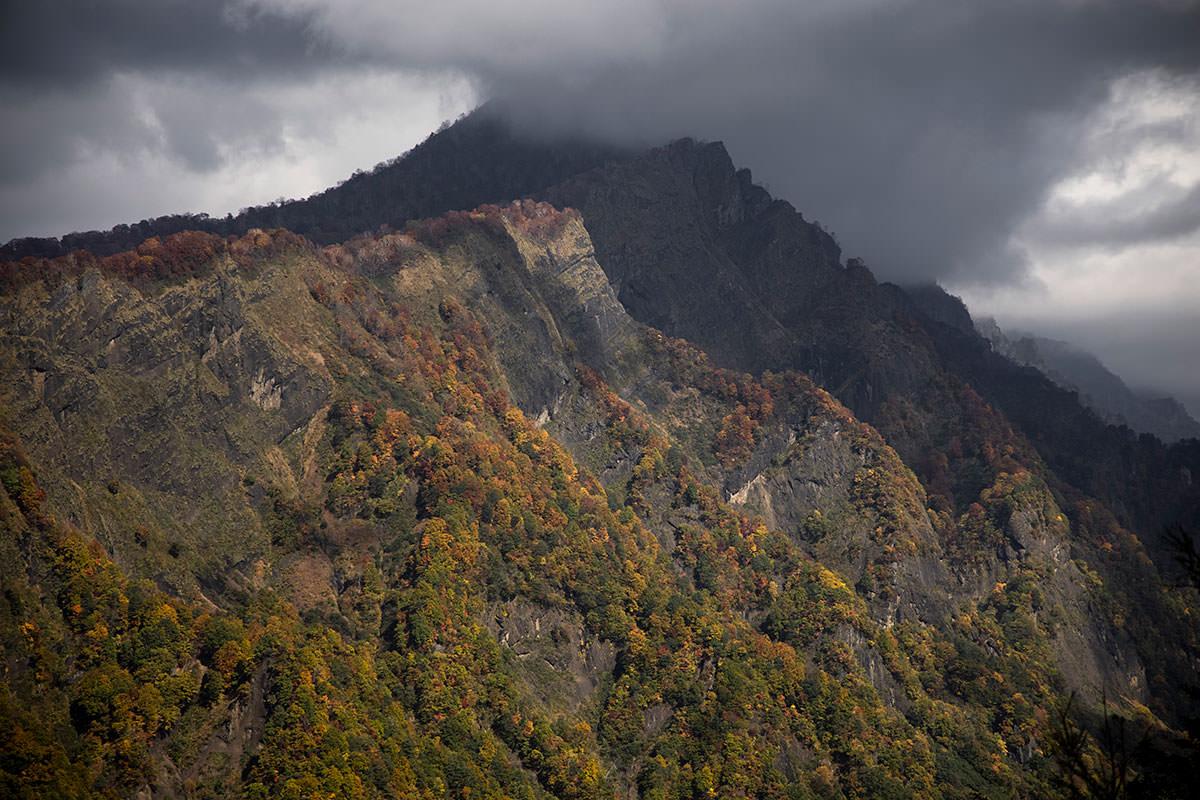 西岳は雲の中