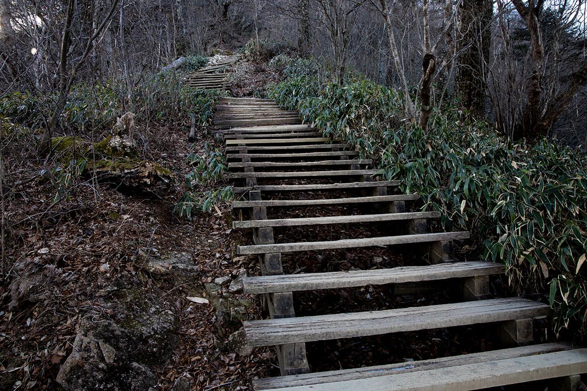 とにかく階段が多い