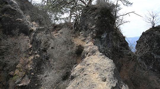岩櫃山 密岩通り