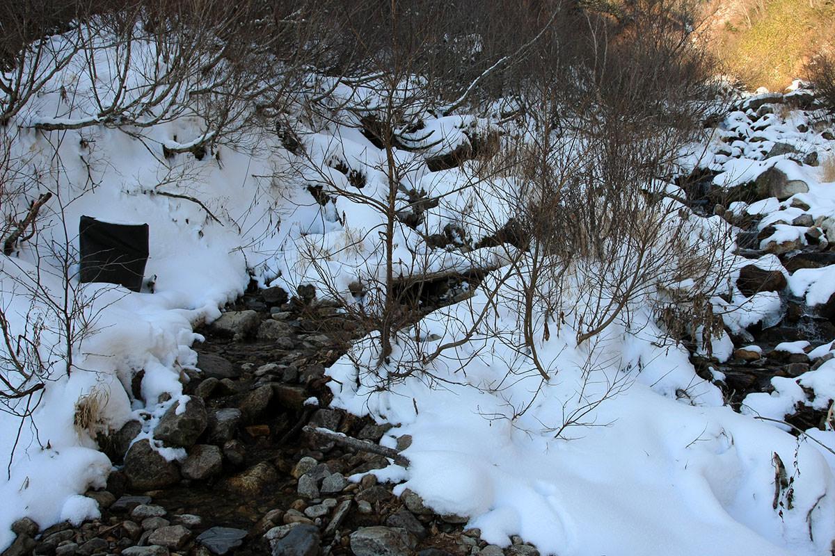 【常念岳】登山百景-沢沿いにさらに登る