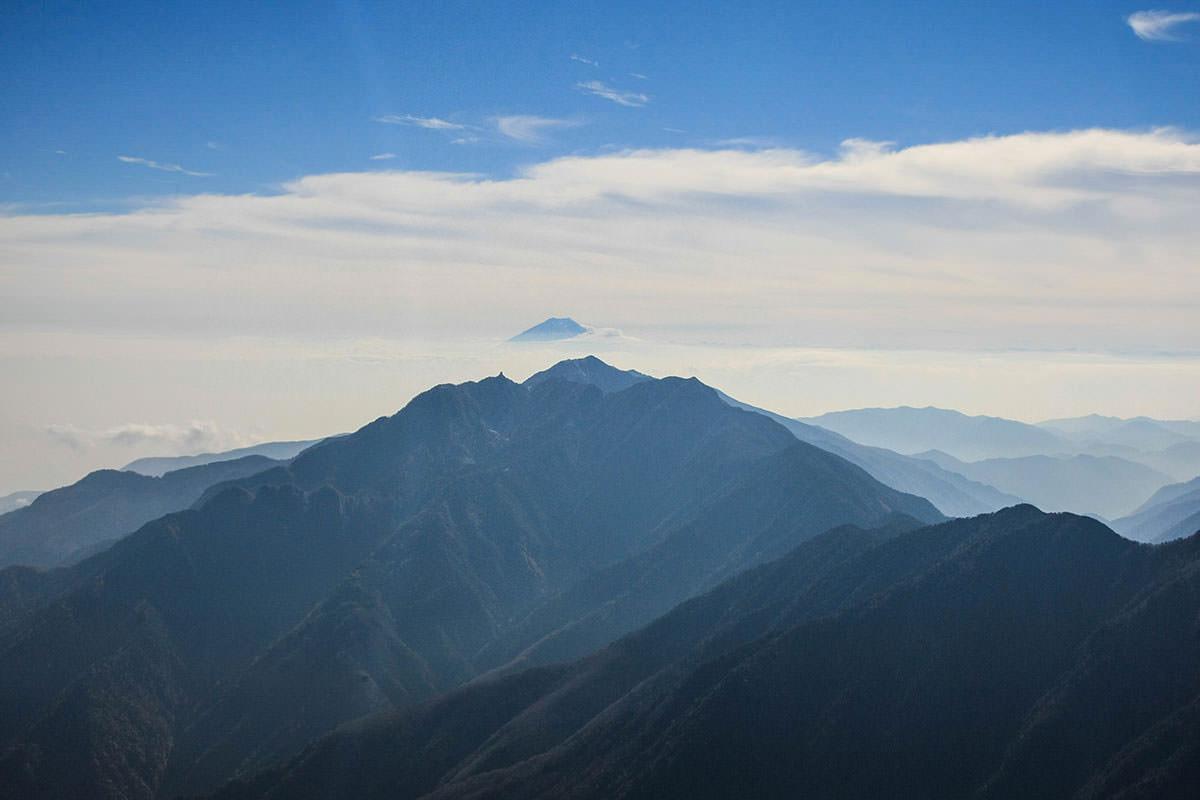 鳳凰三山と富士山