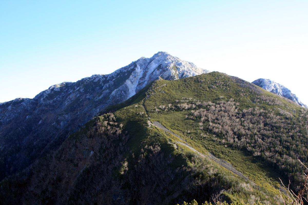 双児山から眺める甲斐駒ヶ岳