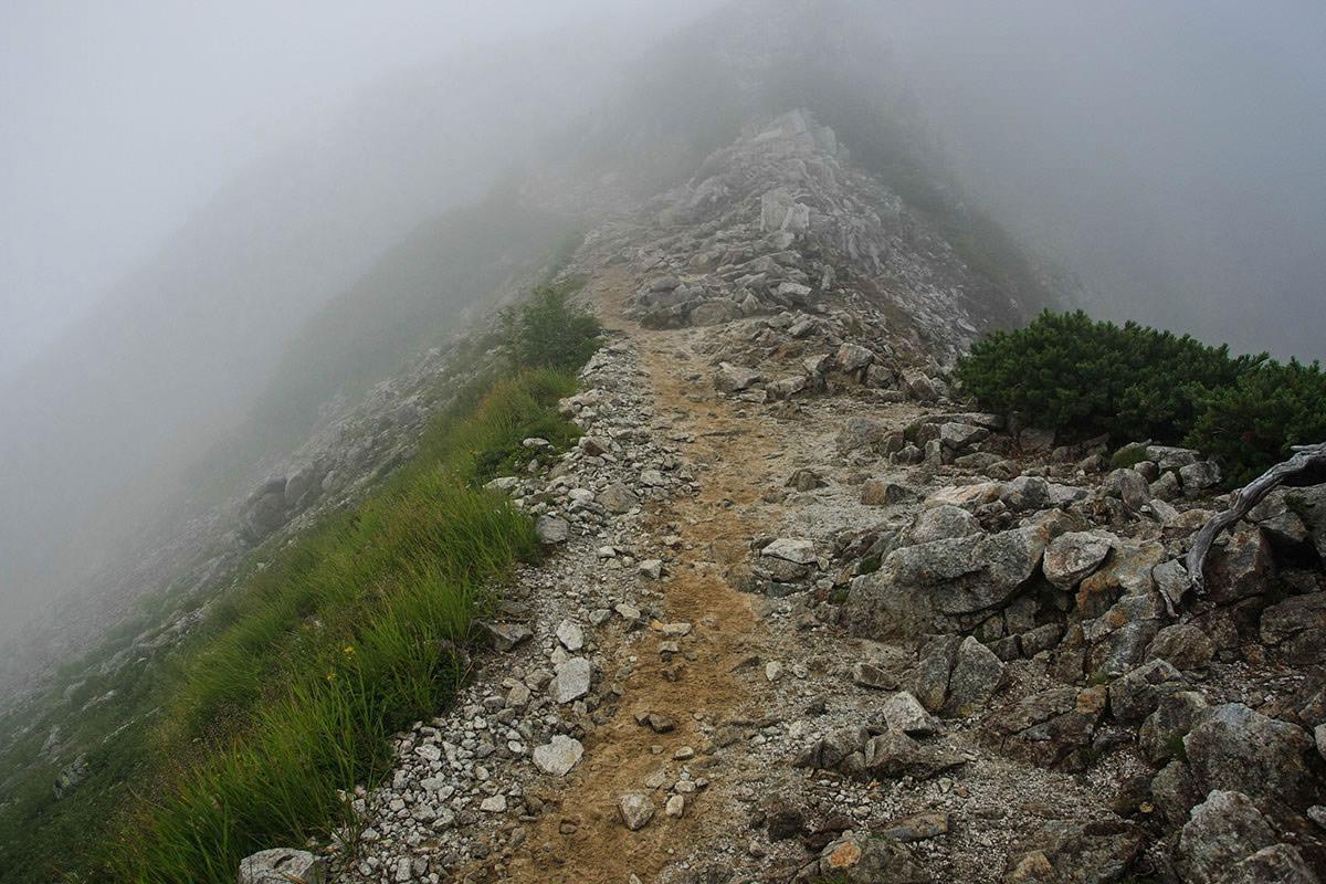 狭いルート