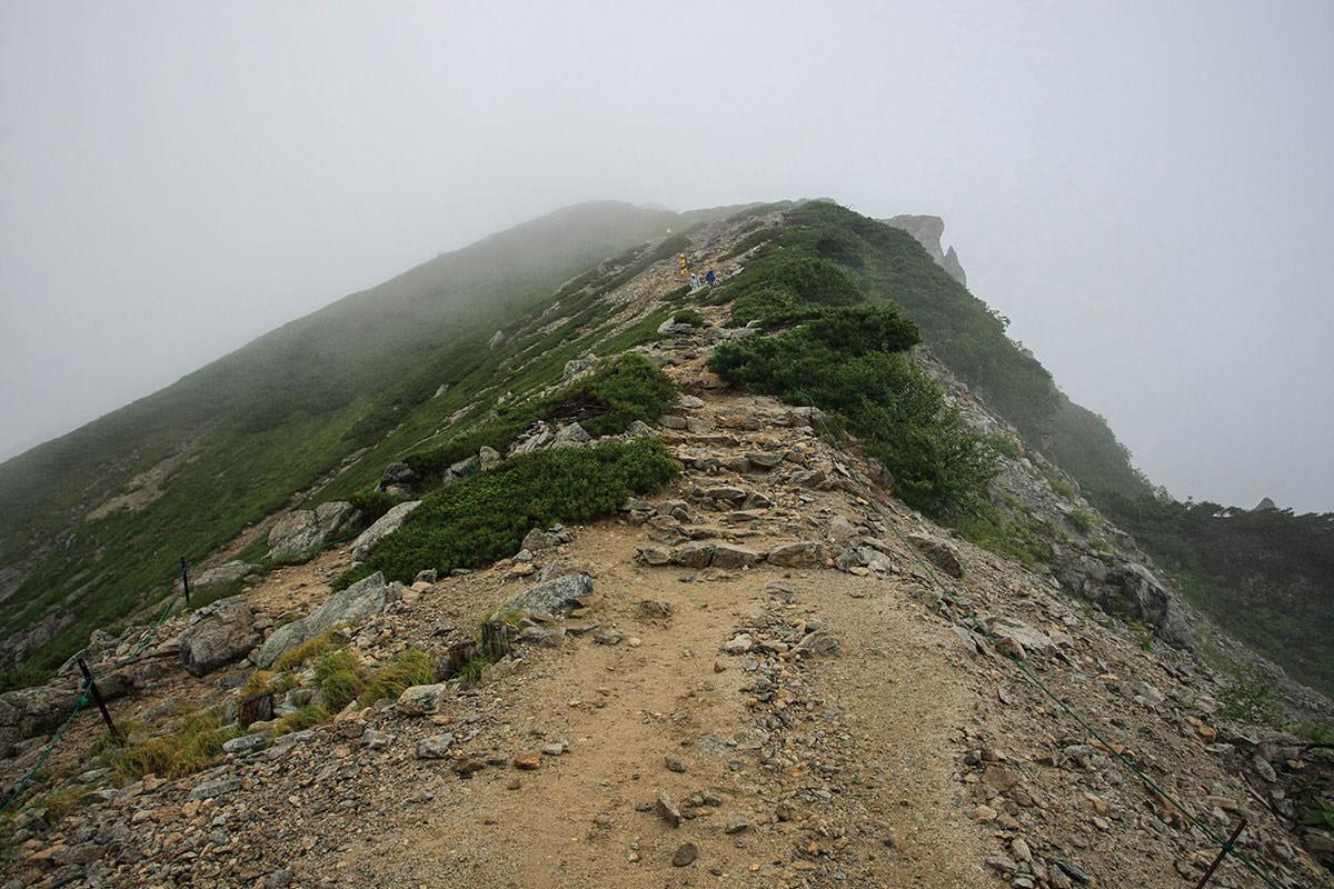 唐松岳への斜面