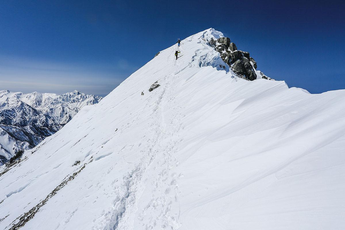 山頂がなかなか遠い