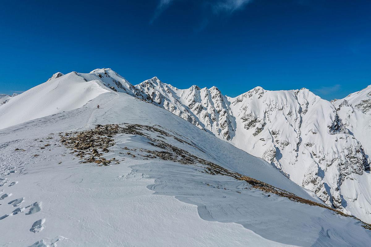 唐松岳-稜線が続く