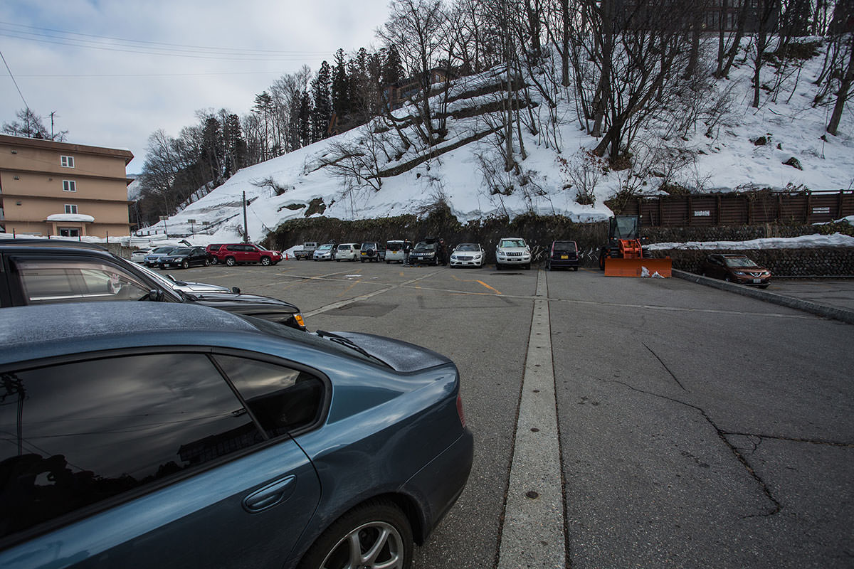 【唐松岳 八方尾根】登山百景-最寄りの駐車場は600円