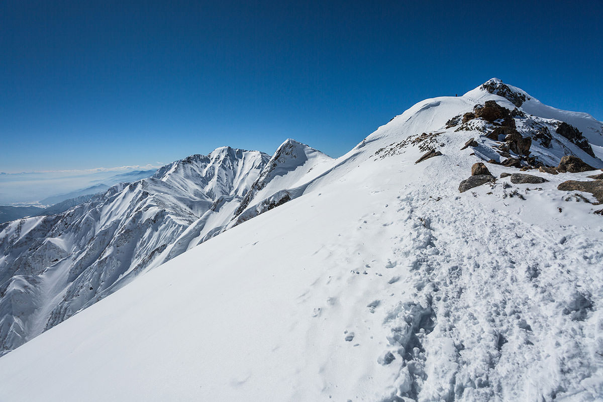【唐松岳 八方尾根】登山百景-遠くに人が見える