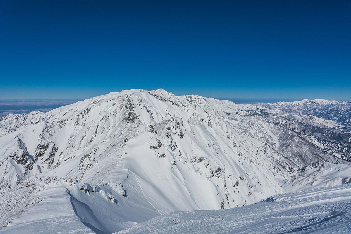 【唐松岳 八方尾根】登山百景-北側の白馬岳の方