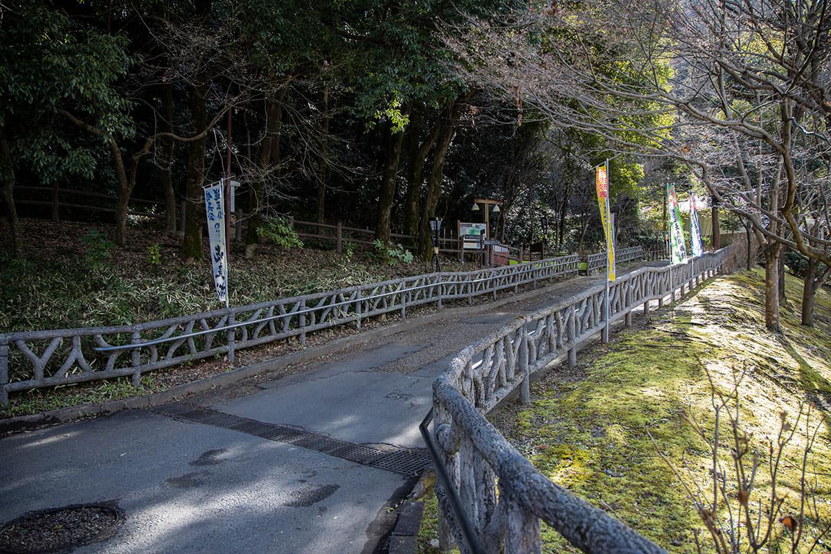 金華山-ここから登り始める