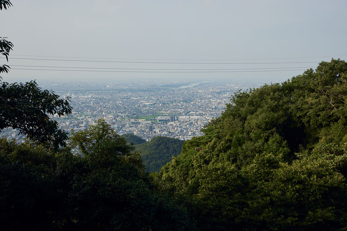 金華山-岐阜市の中心街