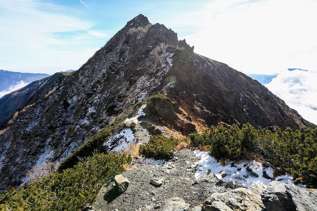 【北岳】登山百景-向こうからのルートもある