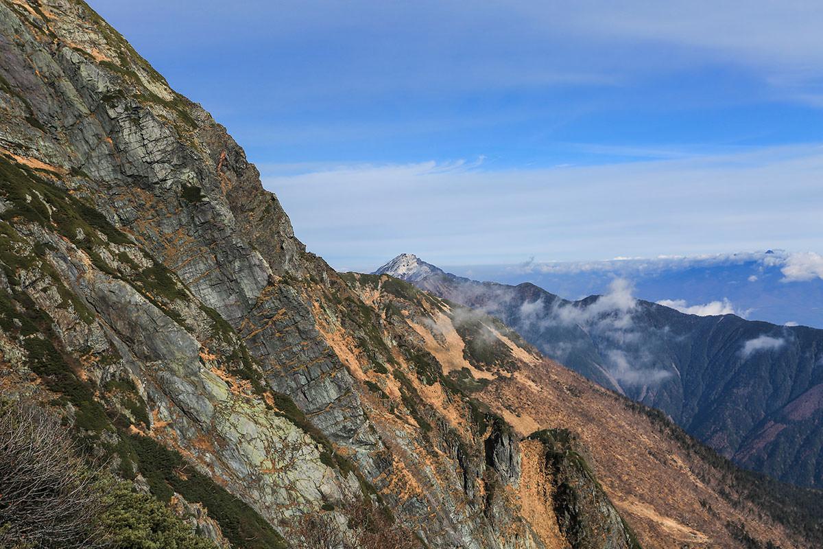 【北岳】登山百景-甲斐駒がチラッと