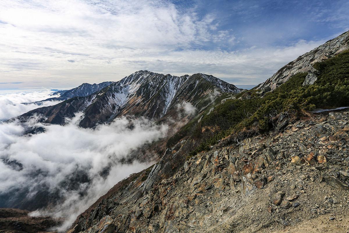 【北岳】登山百景-西側に間ノ岳と農鳥岳