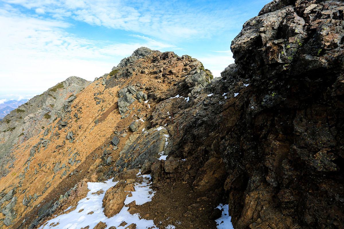 【北岳】登山百景-山頂まで鎖を伝う