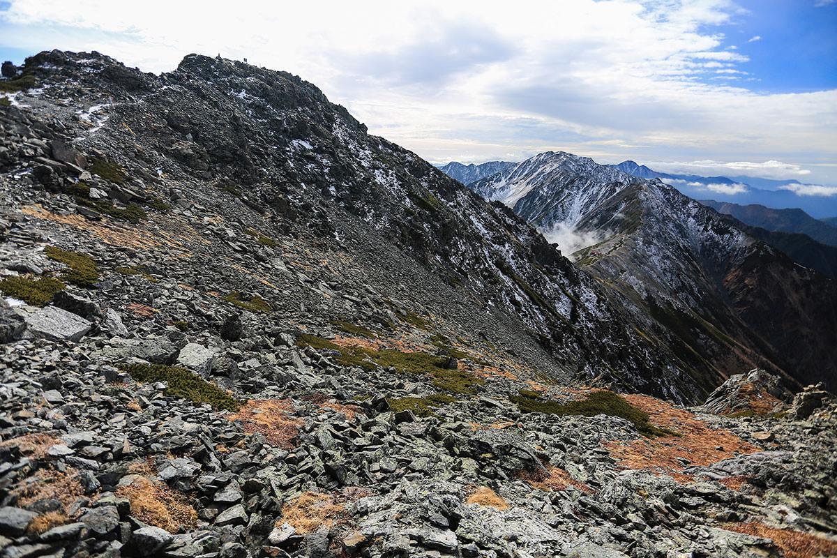 【北岳】登山百景-山頂を離れる