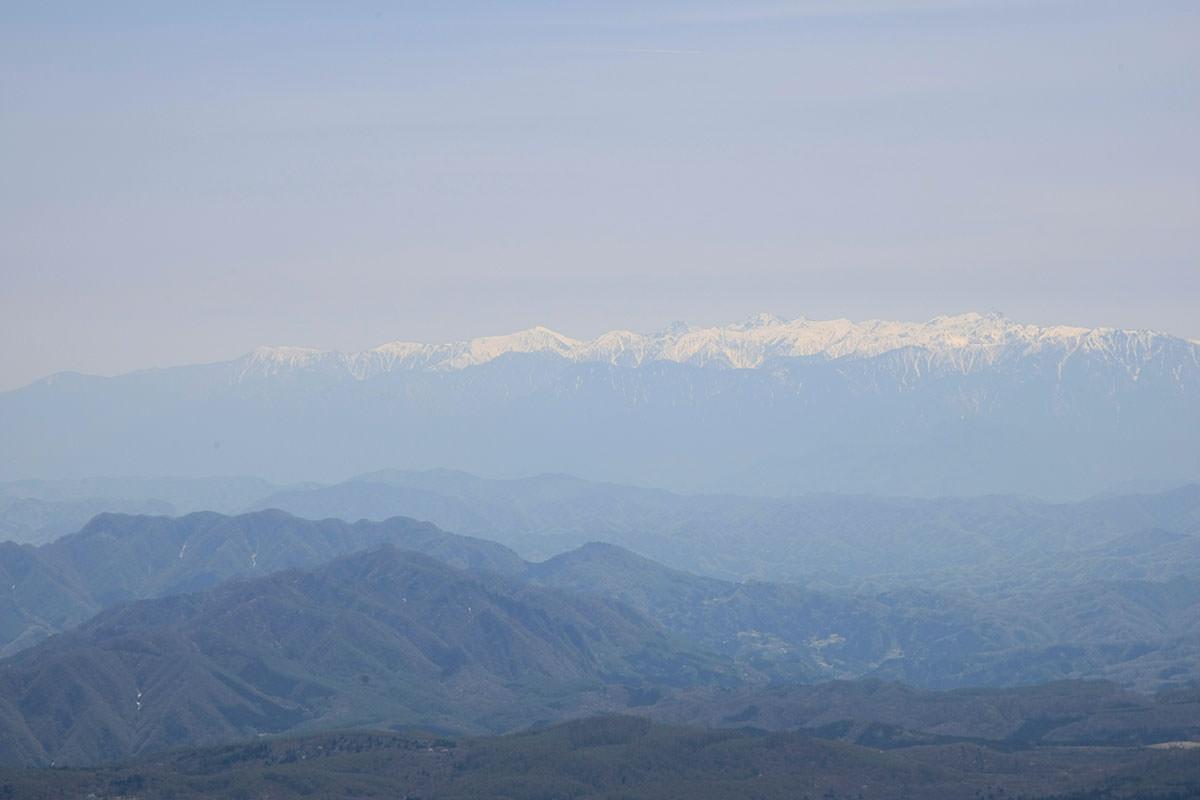 【黒姫山 西新道】登山百景-遠くに北アルプス