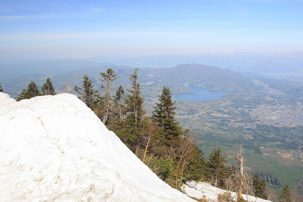 【黒姫山 西新道】登山百景-野尻湖がそこに